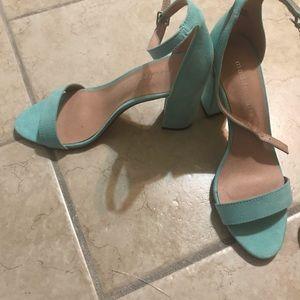 Shoes - Size 7. Steve Madden Block heels